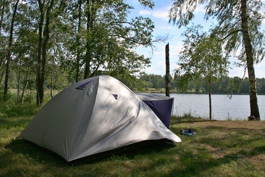 летняя рыбалка с палаткой фото