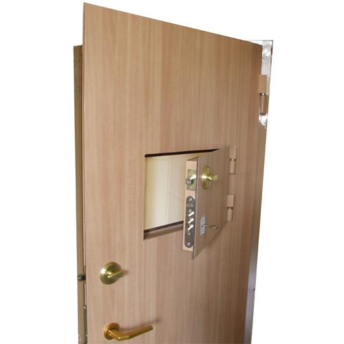 дверь железная для кассы